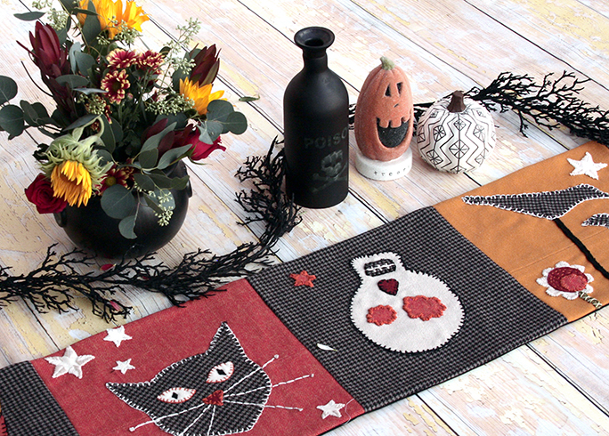 Sugar and Spice Halloween Table Runner