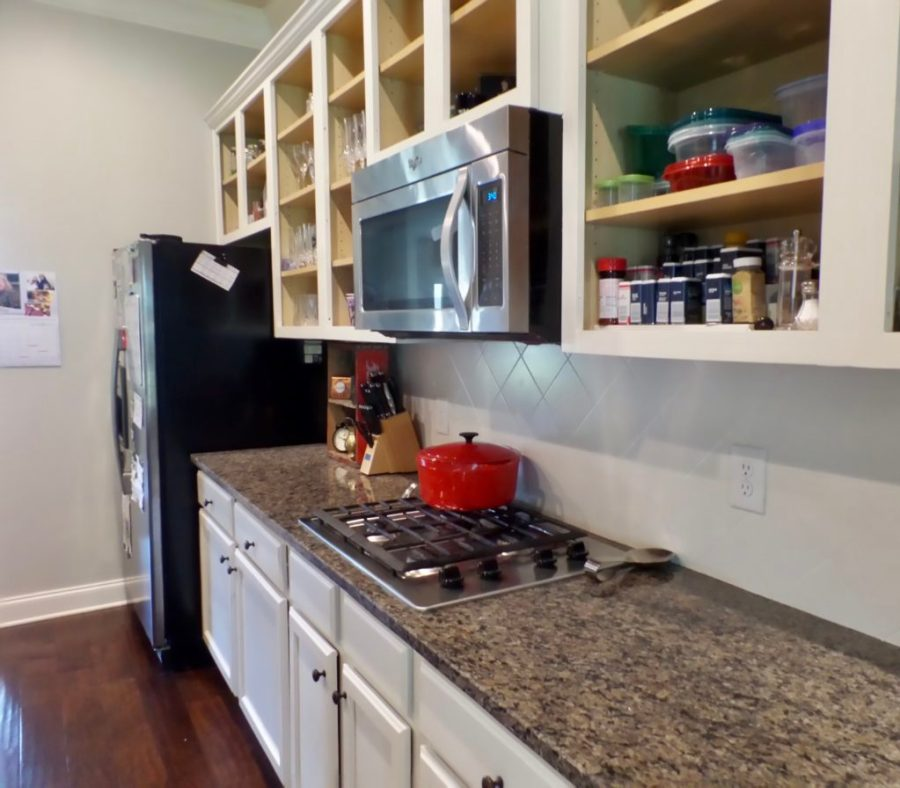 painting kitchen cabinets diy thrifty way