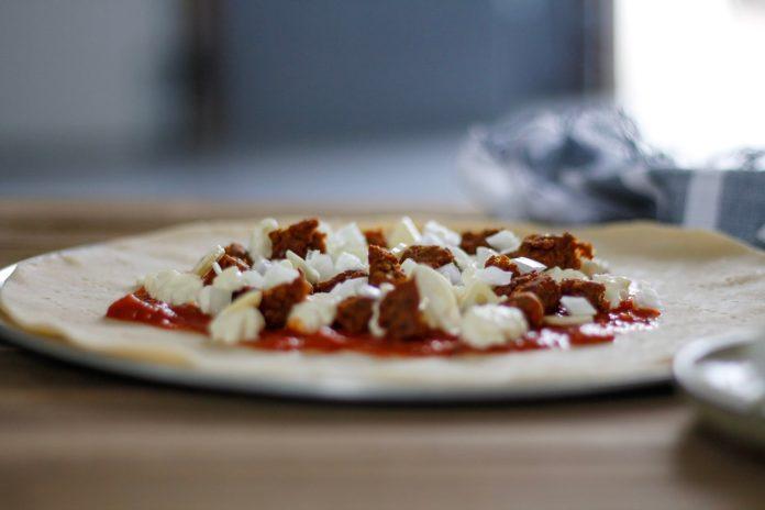 Pizza Fridays: Spicy Sausage & Burrata Tart