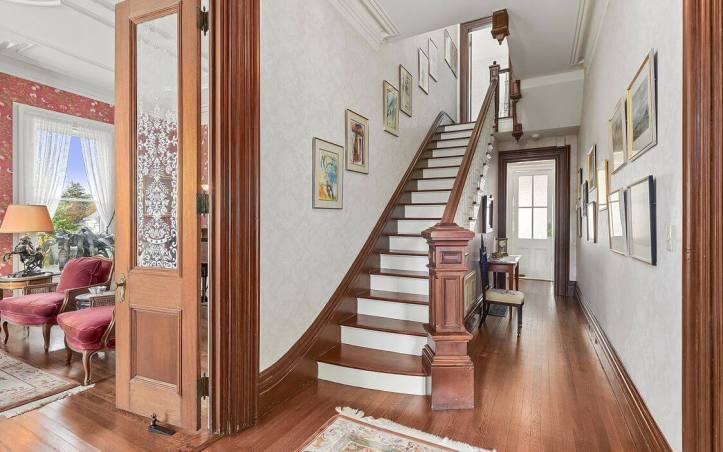 upstate-homes-for-sale-ragtime-mount-kisco-81-west-main-street-entry