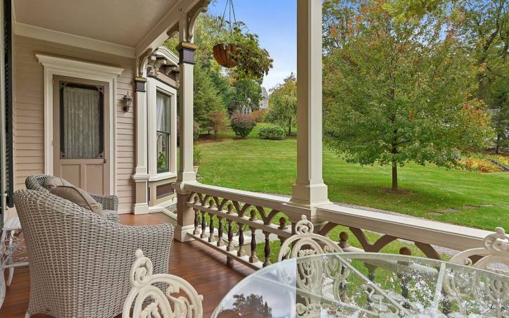 upstate-homes-for-sale-ragtime-mount-kisco-81-west-main-street-porch
