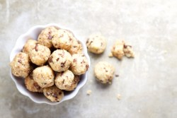 Healthy cookie dough snacks