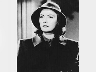 Greta Garbo biography birth date birth place and pictures
