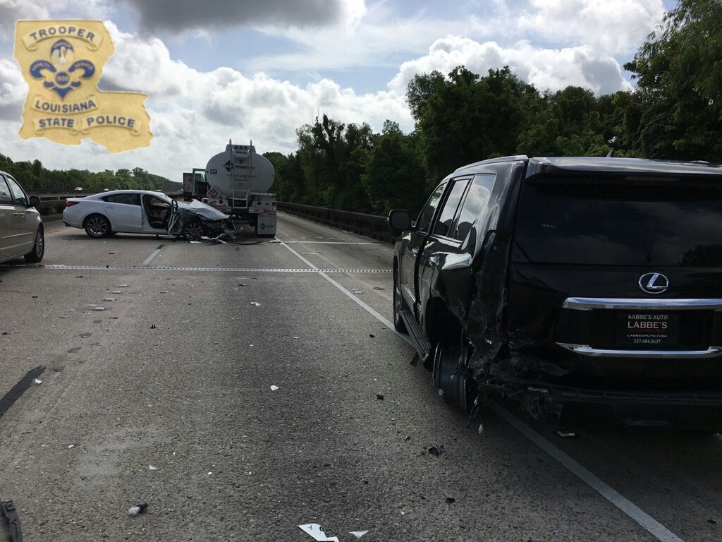 I-10 accident leads to 10 mile backup