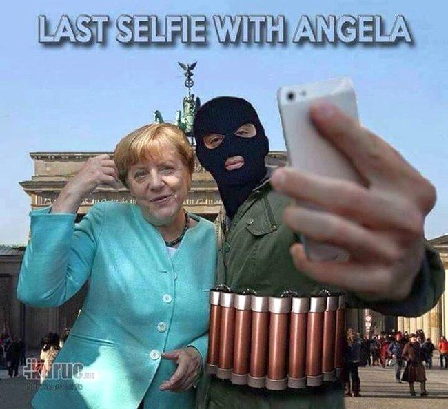 Merkel selfie 650