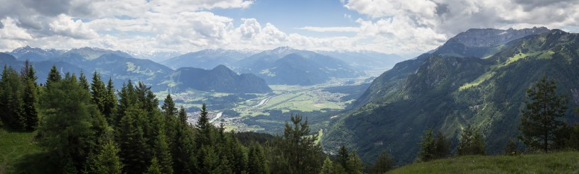 Wunderbarer Blick vom Gipfel ins Inntal