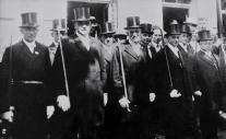1932 Michael Fritzen, Peter Wyen, Vincenz van den Driesch, Heinrich Bertrams, Leo Mühlenbroich (v.l.n.r. erste Reihe)
