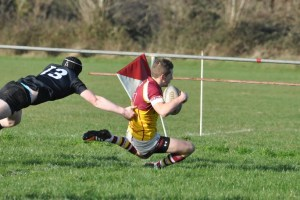 Dean O Shea goes in for Bruffs first Try