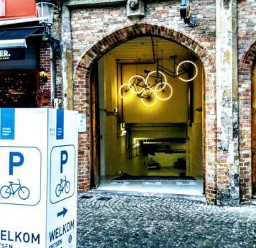 Eindelijk ondergronds fietsen stallen op de markt