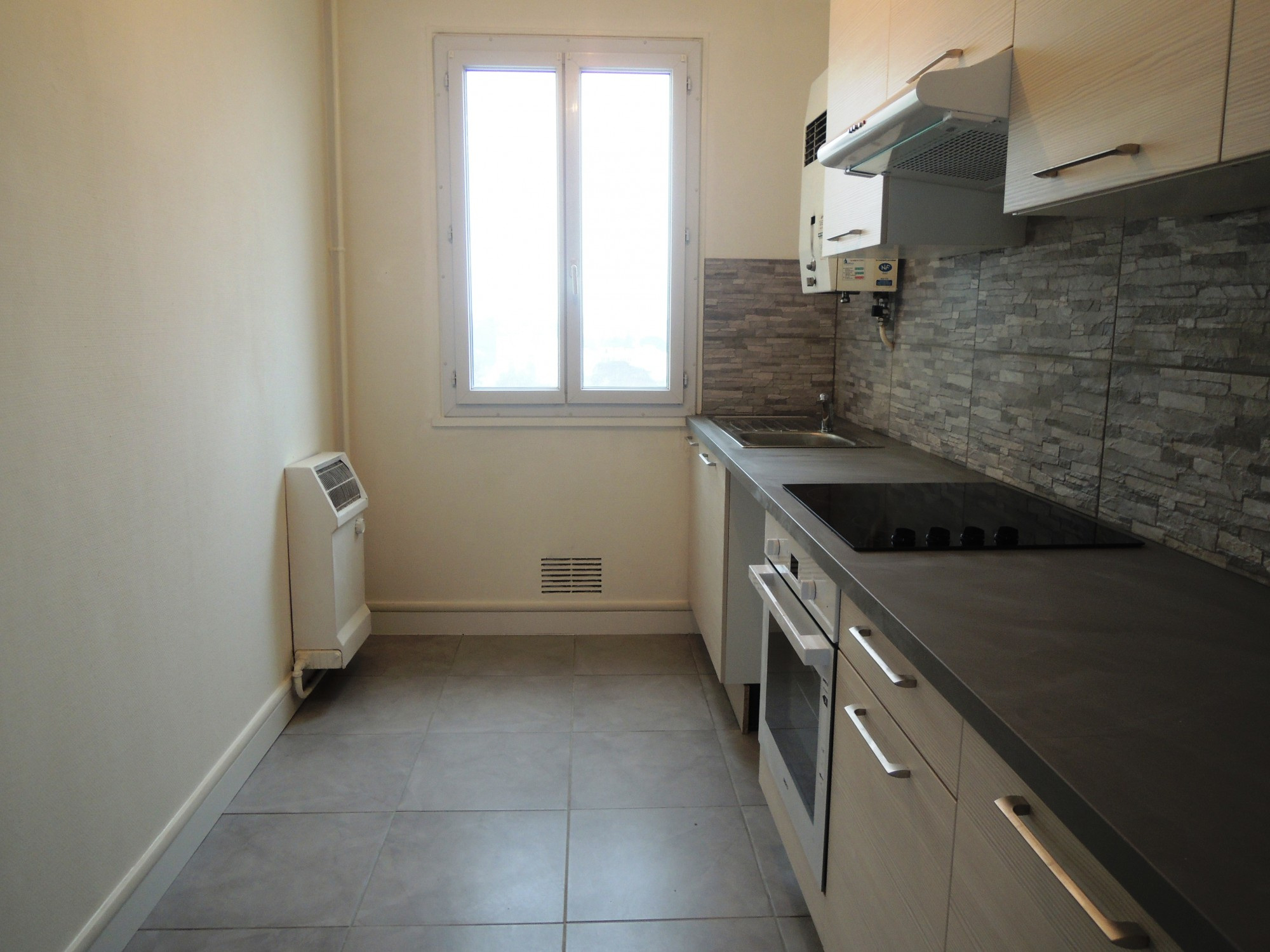 Location Appartement T3 F3 Bordeaux Cauderan  Bru Immobilier