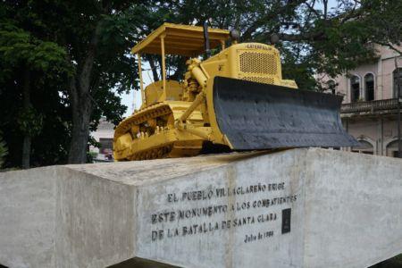 Bulldozer Tren Blindado