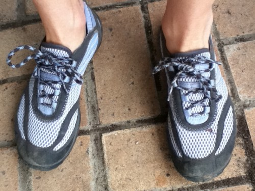 the new Merrell Pace Gloves on my feet