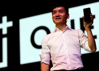Pete Lau, founder and CEO of China's mobile company OnePlus, attends the launch of OnePlus 5 in Mumbai, India June 22, 2017. REUTERS/Danish Siddiqui - RC1C3F5C4270
