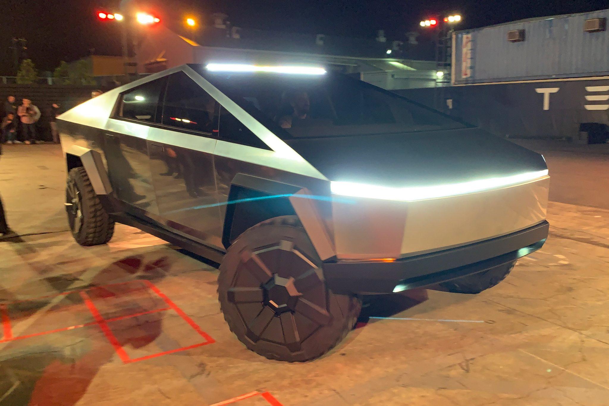 Tesla Cybertruck headlight