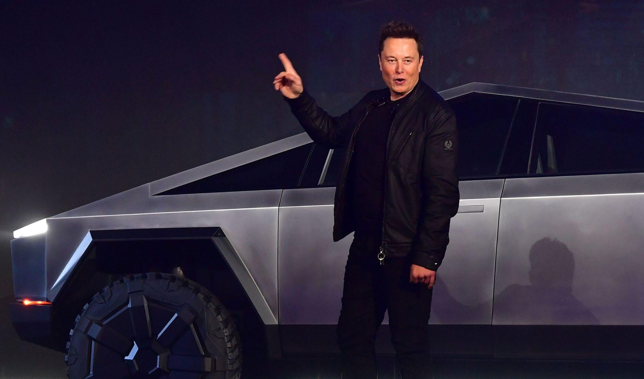 Elon musk besideTesla Cybertruck