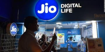 Qualcomm invest in Jio Platform