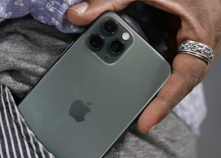 iPhone 12 battery capacity