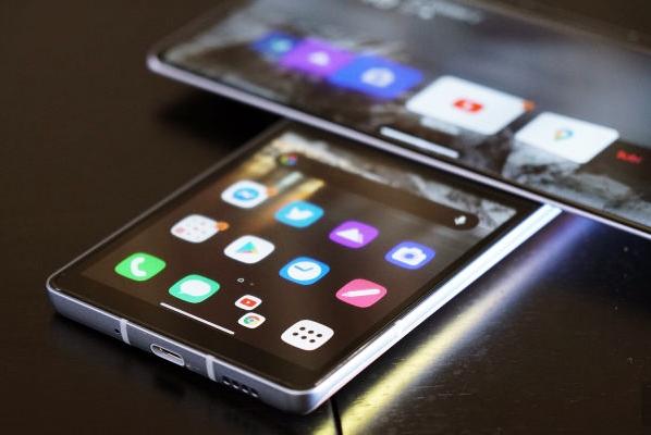 LG Wing 5G in swivel mode