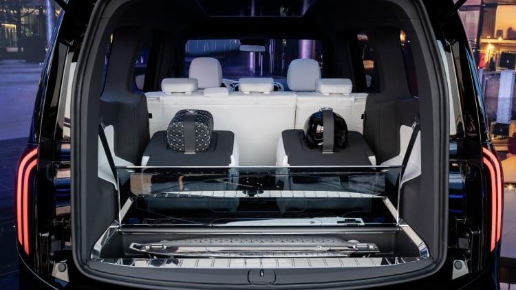 Mercedes Benz Concept EQT cargo space