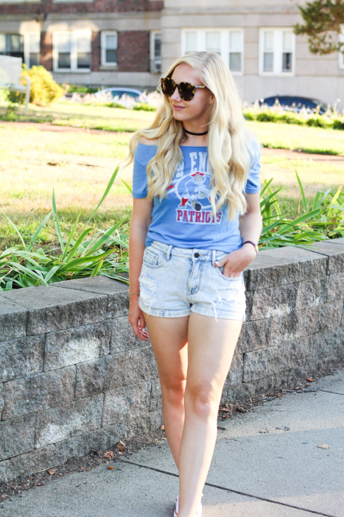 football game outfit, tailgating style, football game style, game day style, game day outfit ideas,