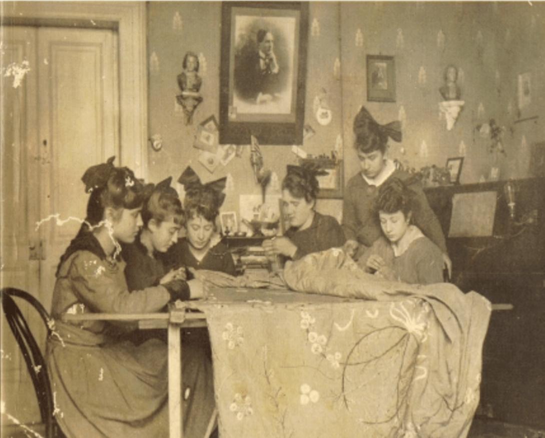 La condizione della donna in Terra di Brindisi (1860 – 1915)