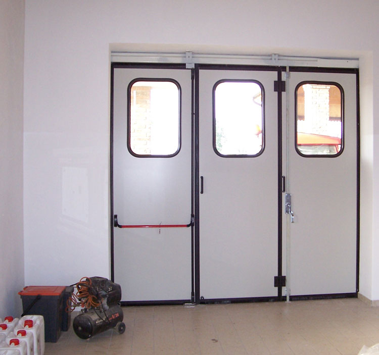 Chiusure per garage e basculanti  Brunello Loris dal 68
