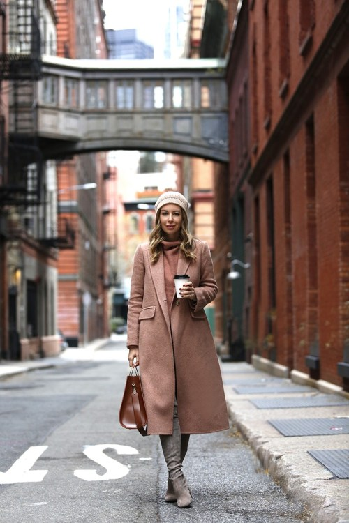 20 Trendy Winter Outfit Ideas To Keep You Warm - 02