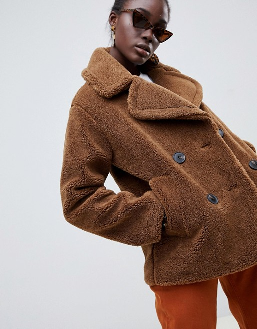 30 Teddy Bear Coats To Keep You Warm This Winter 1