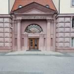 Hlavní portál Kaunicových kolejí