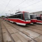 Parking tramvají v prostoru vozovny
