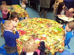 Toddlers group having a healthy snack.