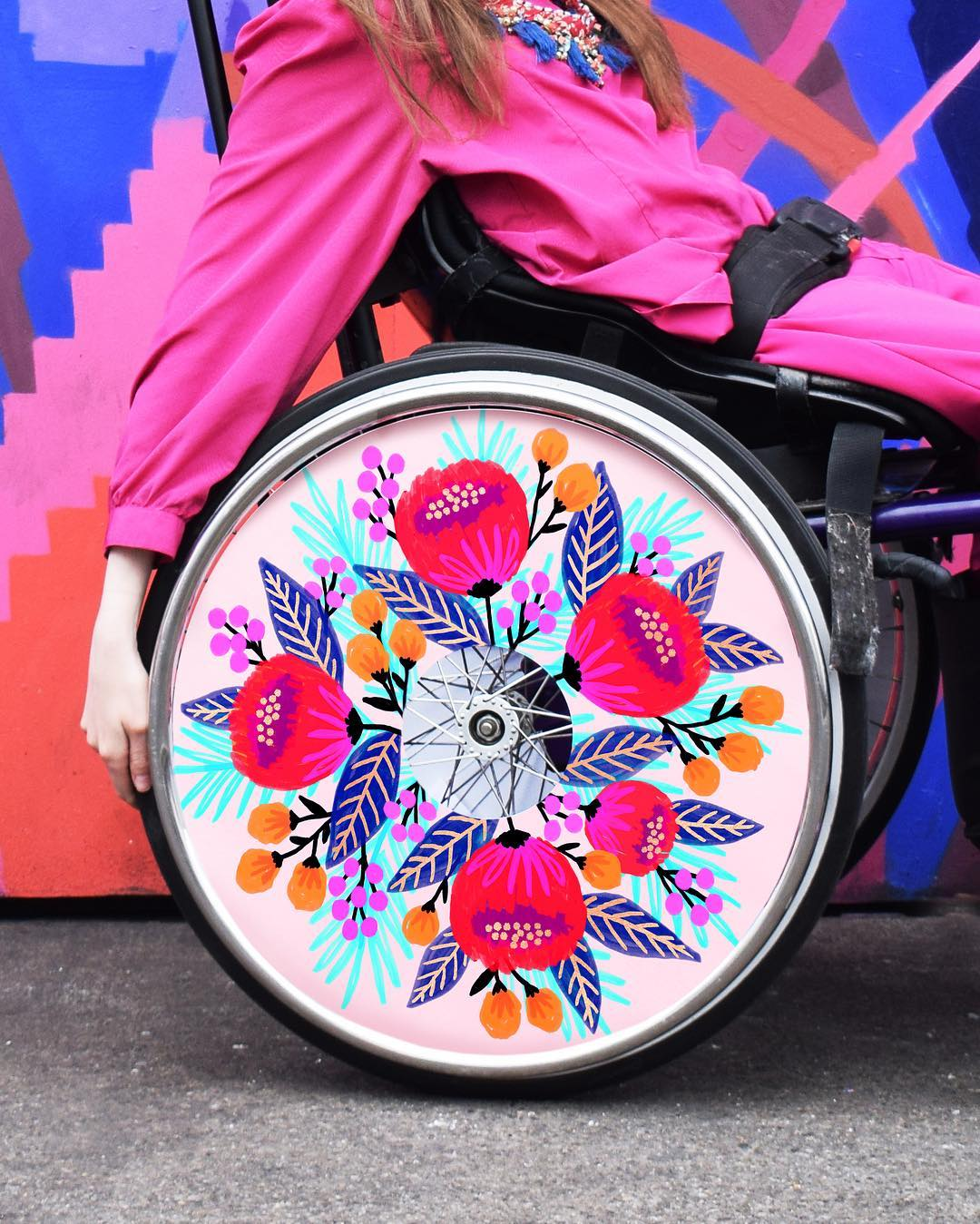 Illustrated Spoke Guards Add a Stylish Dimension to