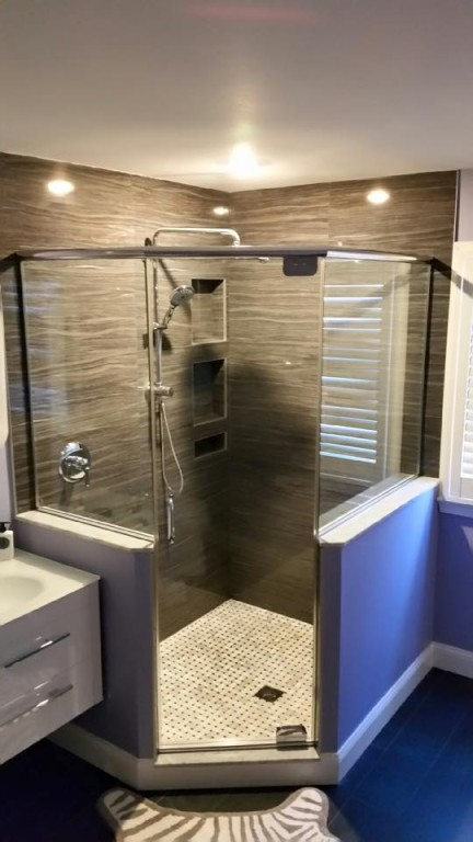 Neo Angle Shower Doors Bryn Mawr Glass & Mirror