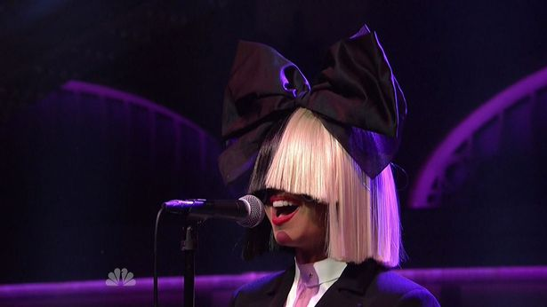 Sia-musical-guest-on-the-41st-season-NBCs-Saturday-Night-Live