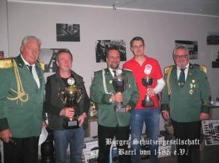 Preis- und Pokalschießen 2015