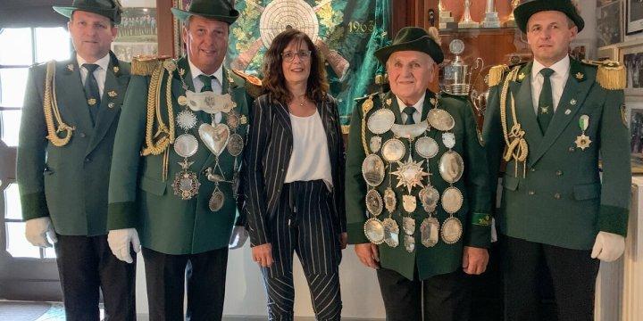 BSG präsentiert historisches Silber in neuem Glanz