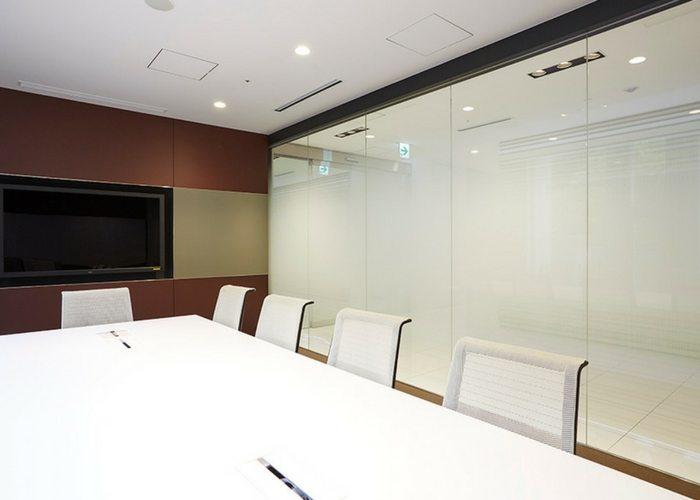 Architextural creates new possibilities for unique glass design