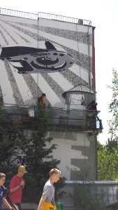 Painting art on the building!