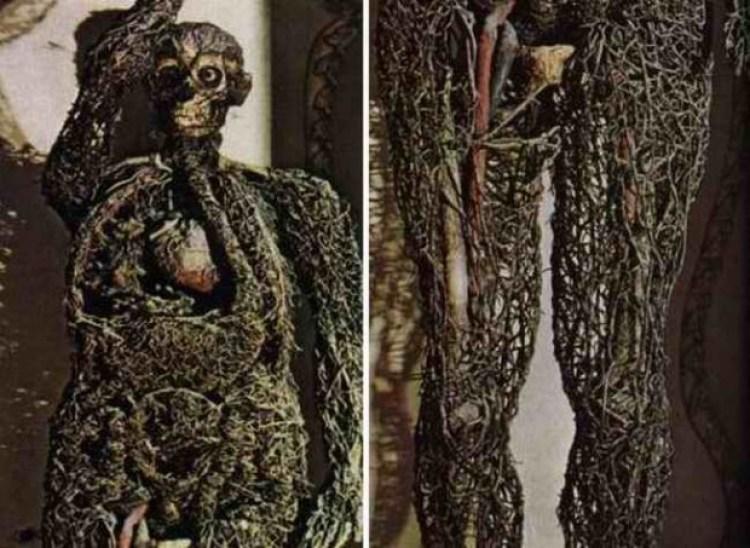 Gli scheletri pietrificati della Cappella Sansevero