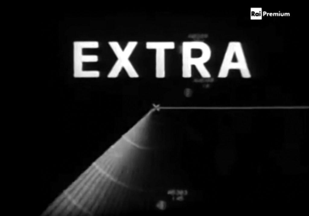 """Extra"" (1976)"