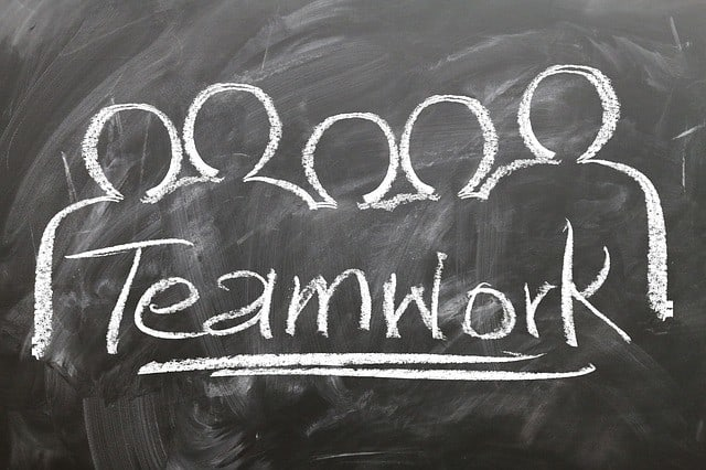 BSKILLED - Psicologia dello sport e della performance La crescita sana di un team: le fasi di sviluppo tuckman team coaching team building sviluppo del team storming psicologia dello sport prestazione perfoming norming fasi di crescita conflitto