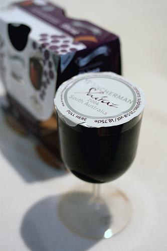 Pet Wine Glass - Detalhe