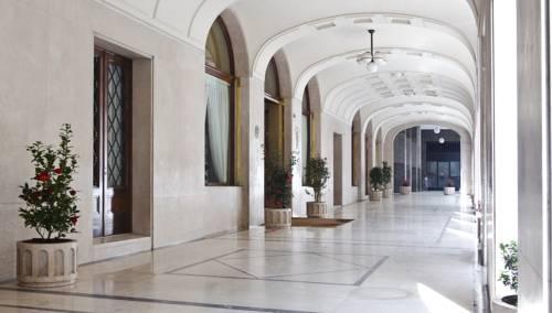 Ingresso Hotel Vittoria di Brescia