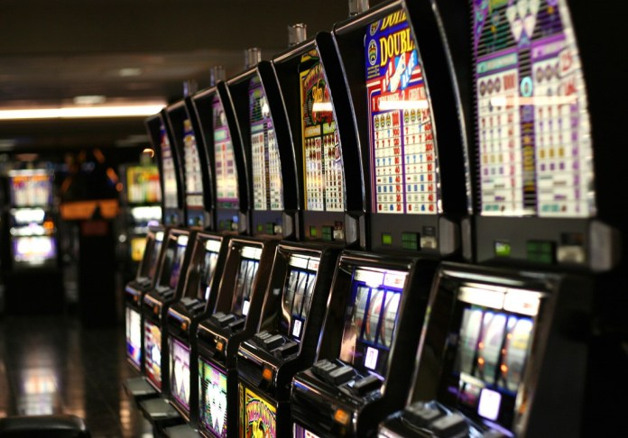 Slot machines a Las Vegas - author