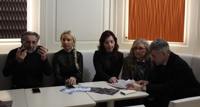 Conferenza stampa Vox Populi per concerto Zamara: Da sinistra: Gianni Buzzi, Dominika Zamara, Manuela Villetta, Marika Biro e Ignazio Baresi. Foto: www.bsnews.it