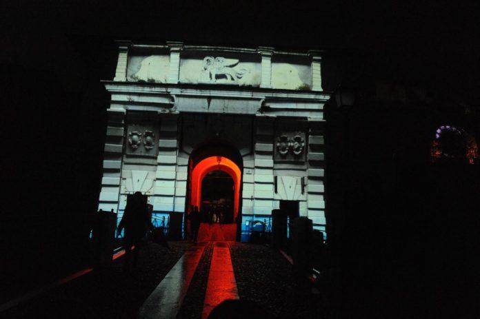 L'edizione 2017 del Festival delle luci CidneOn. Foto da pagina ufficiale di Facebook - www.bsnews.it