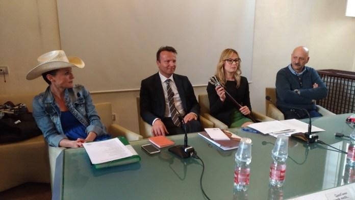 La conferenza stampa di presentazione di Travagliato Cavalli: al centro il sindaco Renato Pasinetti, foto Andrea Tortelli, www.bsnews.it