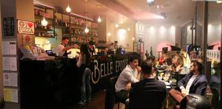 L'interno del locale Belle Epoque a Brescia, foto presa da Facebook, www.bsnews.it