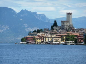 Una veduta del Castello Scaligero di Malcesine, foto presa da Wikipedia