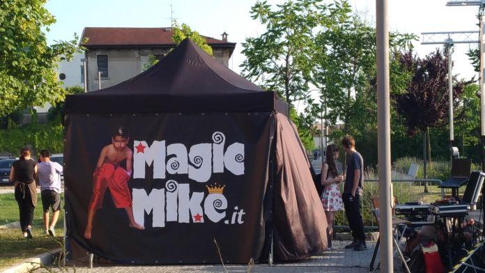 Alla festa di Campo Fiera anche uno spazio per il divertimento riservato ai più piccoli con Magic Mike, foto www.bsnews.it